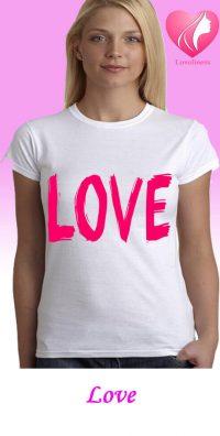 Love egyedi női szivecskés póló
